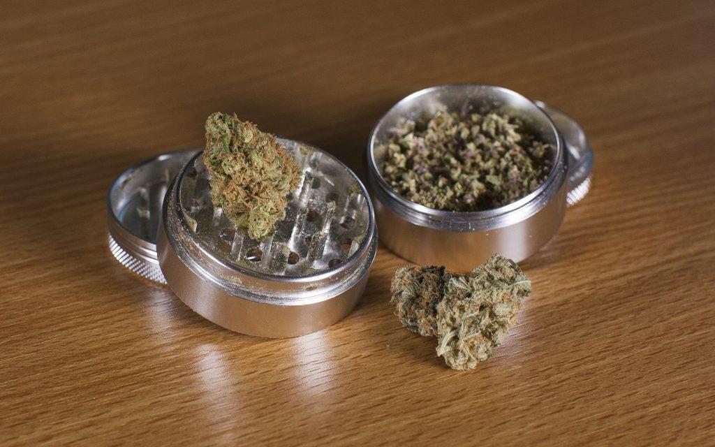 grinder-weed