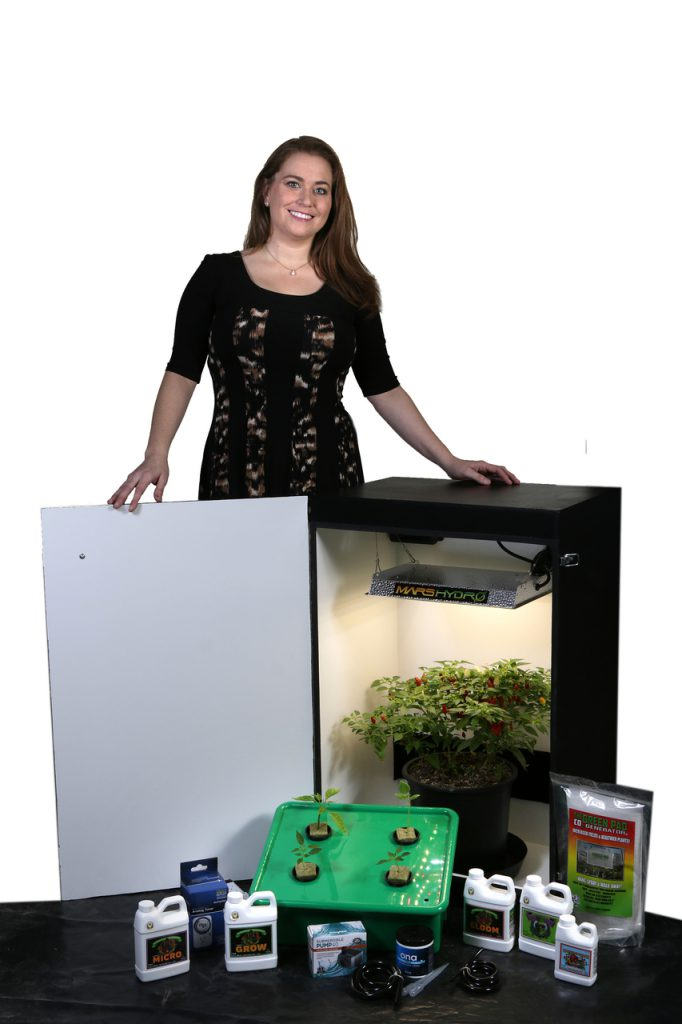 Grandma's Secret Garden 6.0 - 4 Plant LED Grow Box